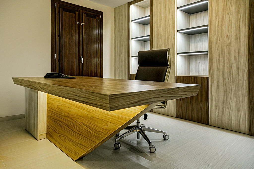 Foto corporativa para empresa especializada en instalaciones comerciales y oficinas